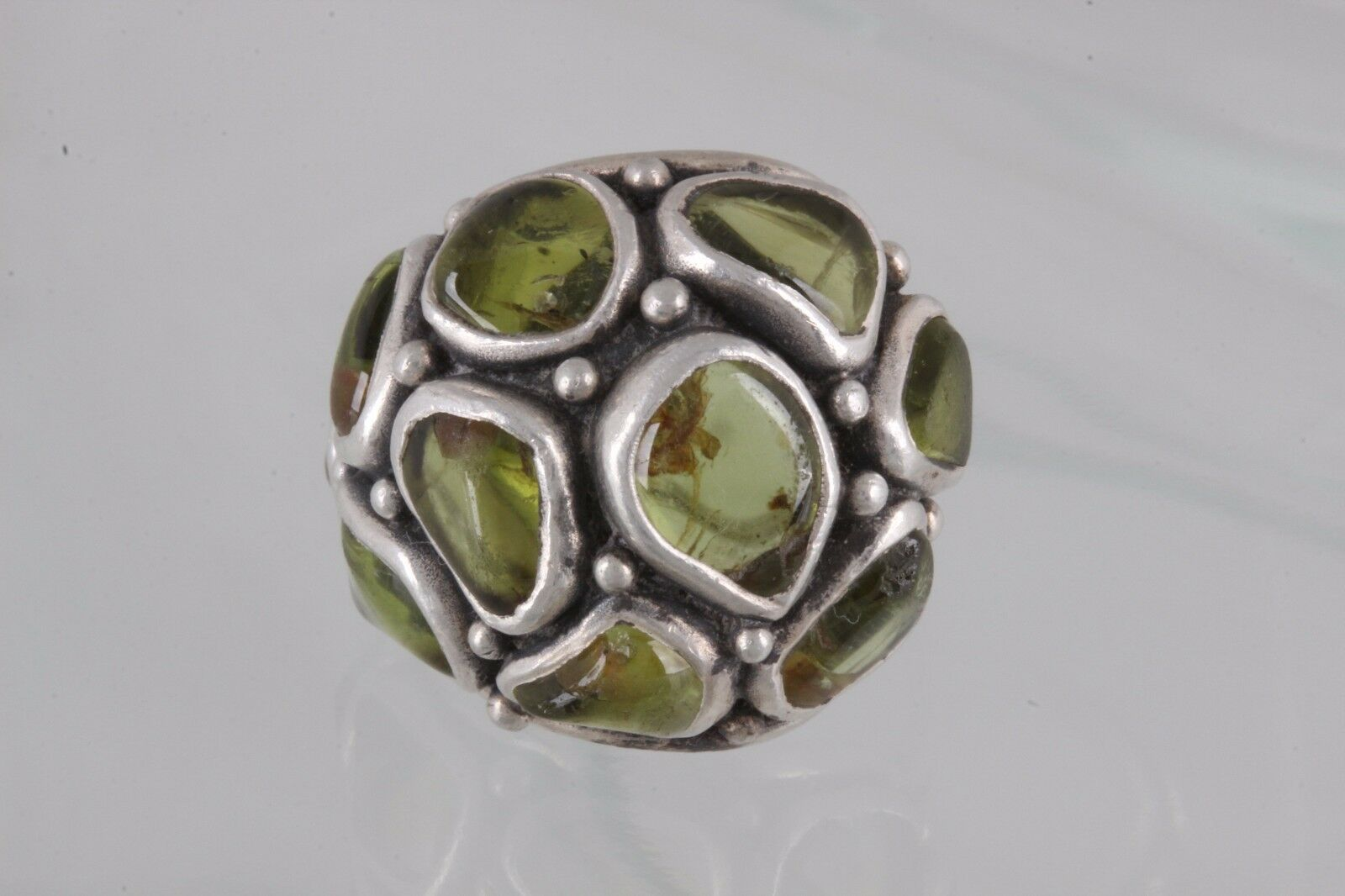 STERLING HANDMADE FRED SKAGGS OLIVE GREEN STONES RING SIZE 3 1 2 925 SIGNED 2220