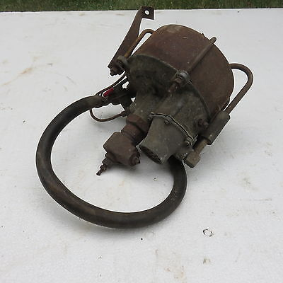 1955 56 Mercury Factory Hydro Brake Booster w/ nos nut for core