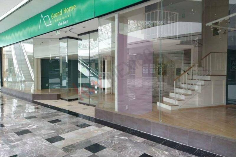 LOCAL EN RENTA DE 146.31 M2 EN CENTRO COMERCIAL INTERLOMAS $29,000 IVA INCLUIDO MÁS MTT...