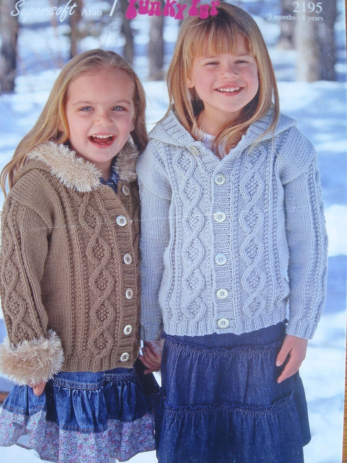 SIRDAR 2222 GIRLS//BABIES DK BOBBLE CLUSTER CARDIGAN KNITTING PATTERN 16//26in