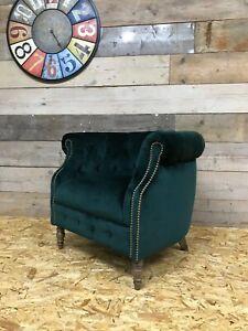Alexander-James-Jude-arm-chair-emerald-green-velvet-vintage-Chesterfield-tub-oak