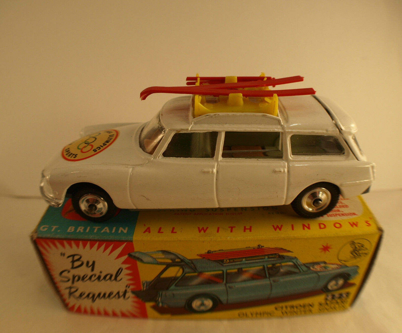 Corgi Toys 475 Citroën Id 19 Safari Olympic Winter Games Jo 1964 in Scatola