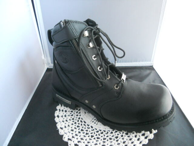 Milwaukee Womens Side Zipper Plain Toe Boots Black, Size 6