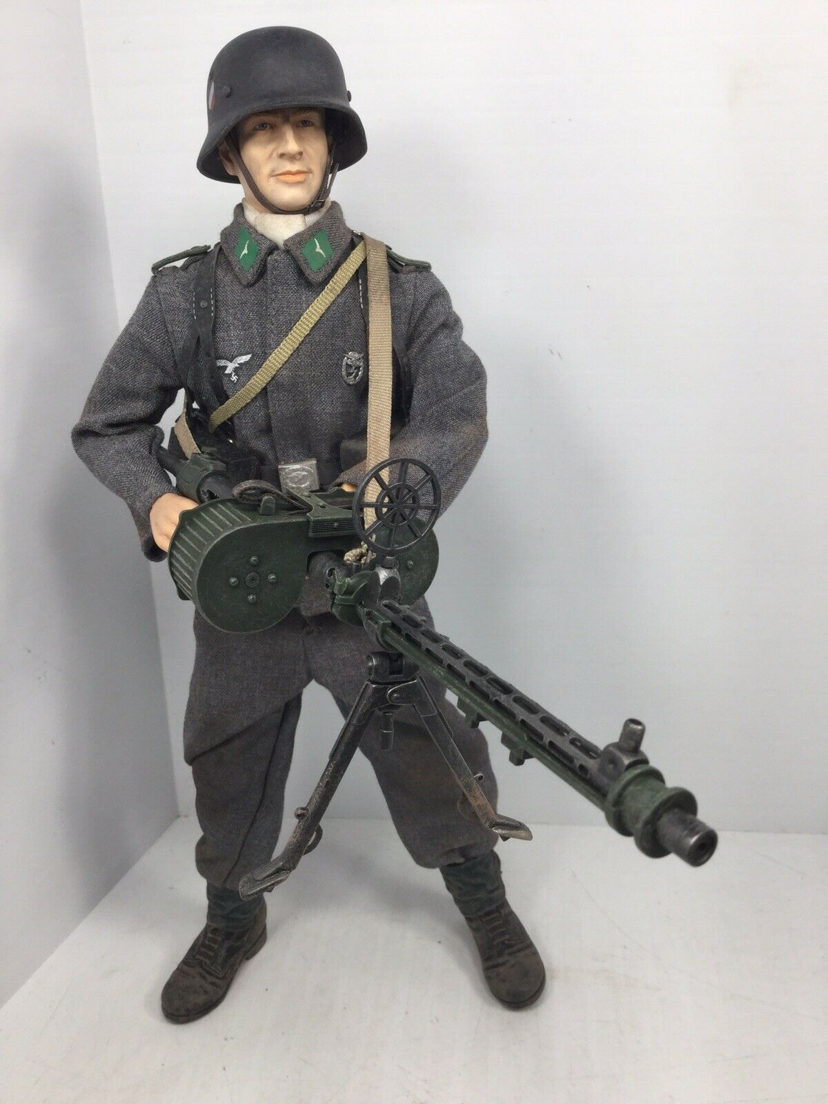 1 6 DRAGON GERMAN LUFTWAFFE GROUND DIVISION MG-15 LMG GUNNER BBI DID 21ST WW2