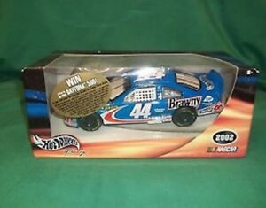 Hot-Wheels-2002-Georgia-Pacific-Buckshot-44-Brawny-1-24-Die-Cast-Nascar-NEW
