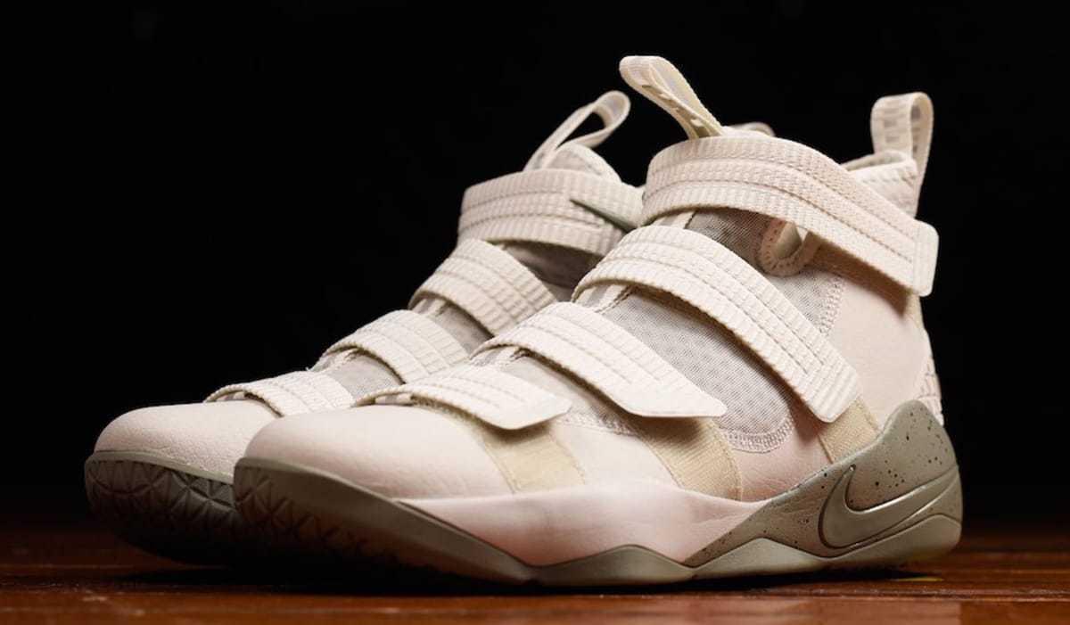 Nike Air LeBron James Soldier XI 11 SFG LIGHT BONE WHITE BLACK 897646-005 sz 14