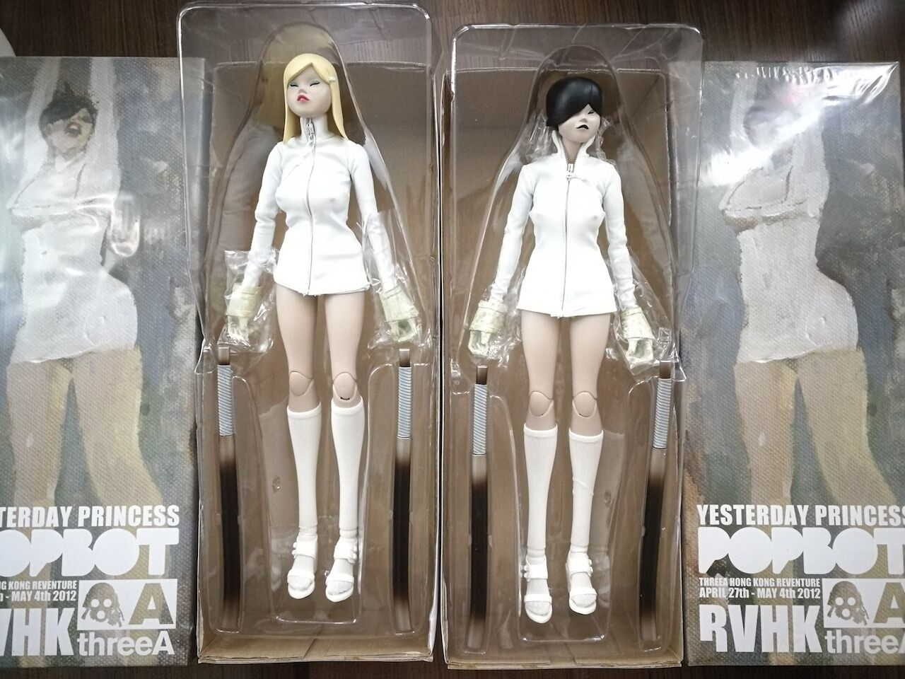 1 6 3A - TQ Yesterday Princess Revneture HK RVHK Ashley Wood ThreeA popbot TK