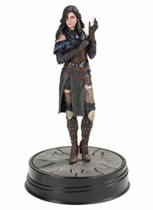 The-Witcher-3-Wild-Hunt-Figur-Yennefer-Series-2
