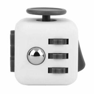 Fidget Cube Jeux Jouet Gadget Anti-stress pour Enfants et Adultes NOIR /& VERT