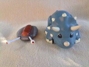 à Condition De Triceratops Dinosaur Remote Control Triceratops Dinosaur By Kids Galaxy - Moves! Cadeau IdéAl Pour Toutes Les Occasions