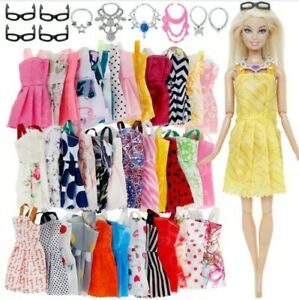 m-20-PEZZI-10-VESTITI-BARBIE-6-COLLANE-4-PAIA-OCCHIALI-ACCESSORI-DRESS