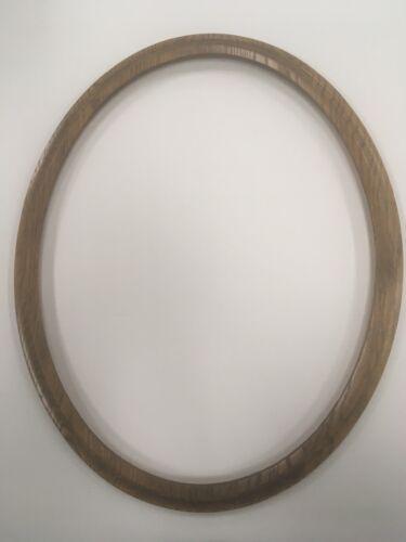 "16/""x20/"" Dark Oak Oval Ready-Made Picture//Photo Frame 1//2"" Deep Rabbit."