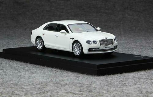 Kyosho 1//43 Alloy diecasting car model Bentley Flying Spur 5 colors 2013