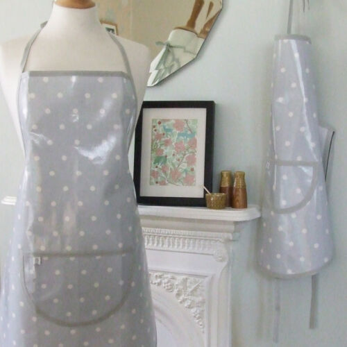 M//L Adult Pale Grey Spotty Oilcloth Apron