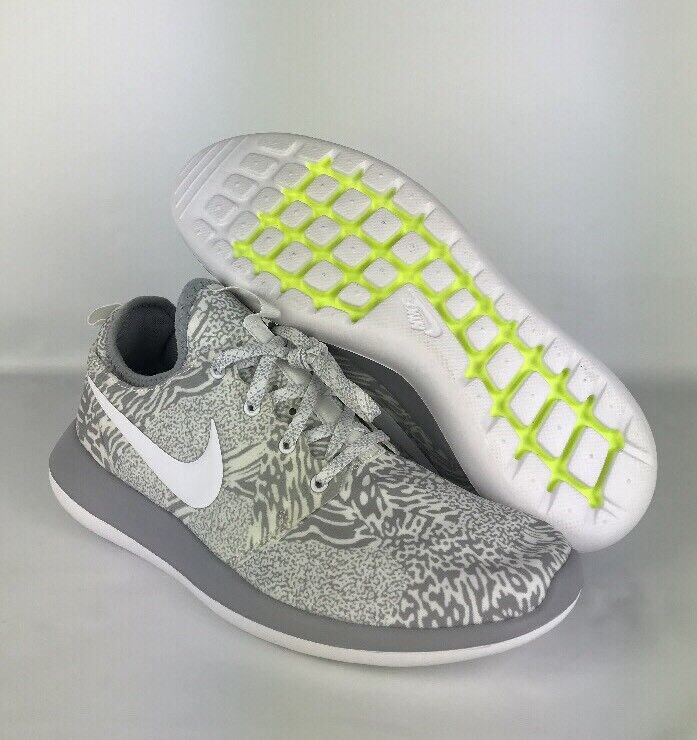 Nike ID Roshe Run Athletic Shoes Sneakers 897154-992 Gray White Size 9.5