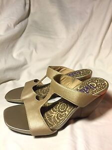 Indigo-By-Clarks-Gold-Metallic-Leather-Open-Toe-Strappy-Wedge-Sandals-Size-6-5M
