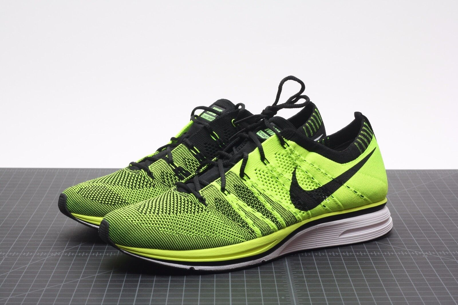 premium selection 71d2d e2539 nike flyknit trainer + volt black