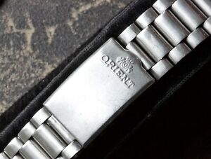 Vintage-Orient-watch-18mm-stainless-steel-oyster-bracelet-satin-finish-1960s