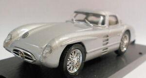 Brumm-1-43-Escala-Modelo-de-Metal-R187-Mercedes-300-SLR-Coupe-1955