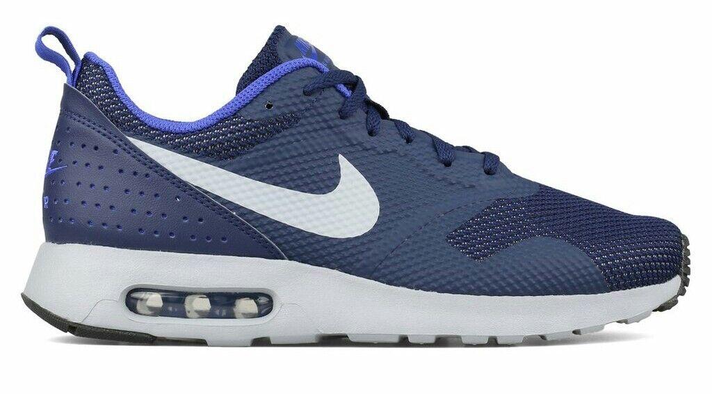 Nike Air Max Tavas. Numero 43. Size 9,5.