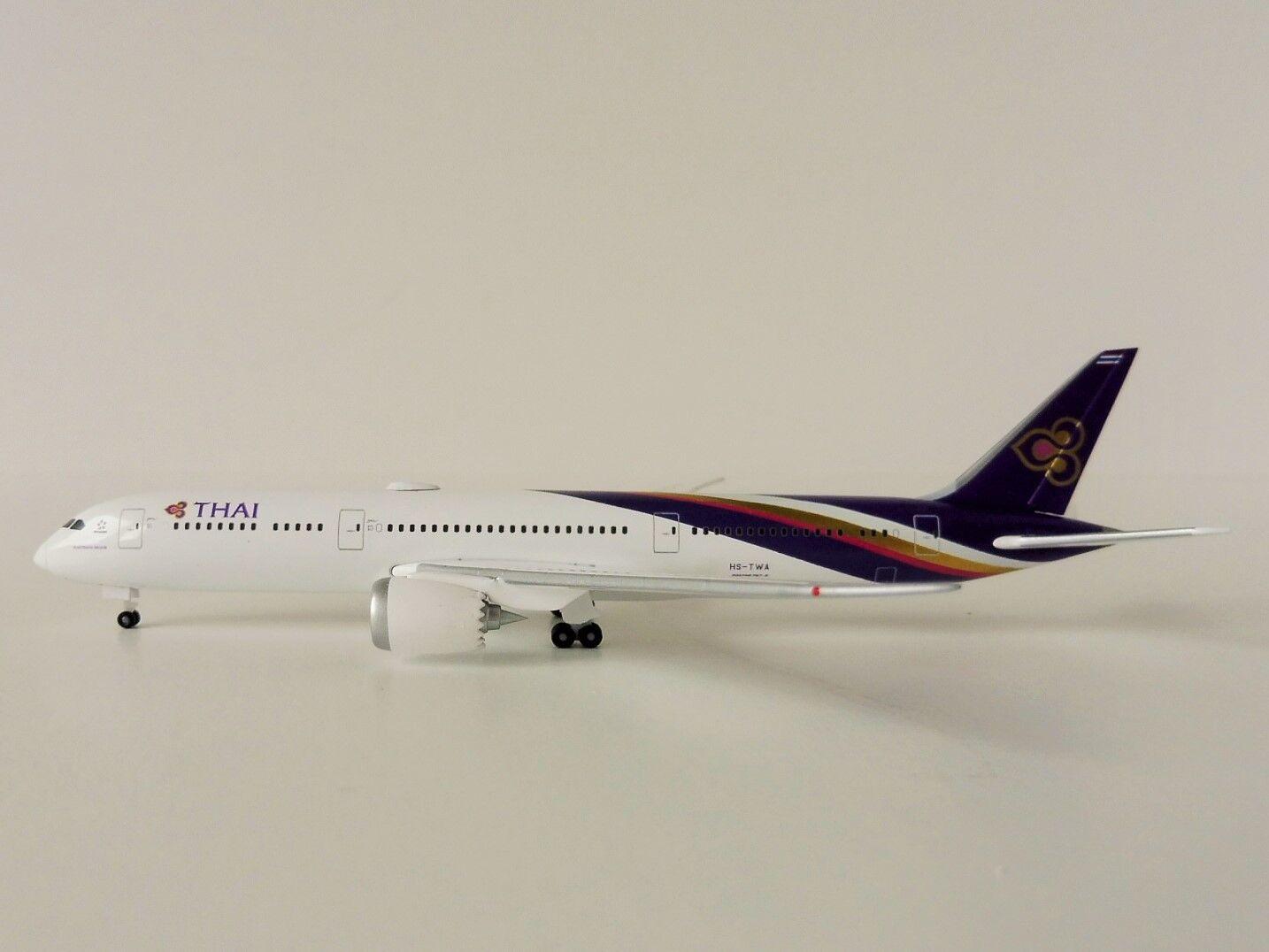 THAI AIRWAYS Boeing 787-9 1 500 Herpa 531467 787 Dreamliner Dreamliner Dreamliner Phattana Nikhom b1a983