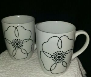 Pier-1-Mod-Petal-Coffee-Tea-Mug-China-Dinnerware-Pier-1-Black-and-White-Floral