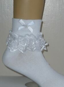 GIRLS-WHITE-FRILLY-LACE-SOCKS-SIZE-LOADS-OF-SIZES-WHITE-BOWS-AND-BEADS
