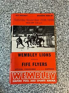 Wembley Empire Pool - Wembley Lions - Ice Hockey Programme 26/11/1966