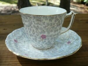 Old-Royal-Bone-China-Coffee-Tea-Cup-amp-Saucer-Pink-Gray-Floral-England-1950-039-s