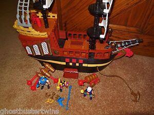 RET-FISHER-PRICE-IMAGINEXT-MEDIEVIL-VIKING-PIRATE-SHIP-BOAT-VESSEL-PLAYSET-lot
