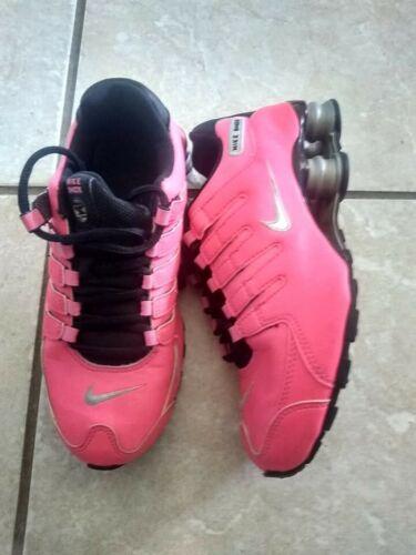 Nike shox SZ 4Y YOUTH WOMENS SZ 5.5 PINK/BLACK