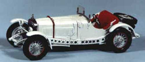 Mercedes SSKL sports car kit - white metal model to assemble and paint