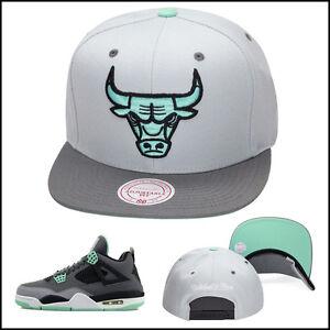 Mitchell-amp-Ness-Chicago-Bulls-Snapback-Hat-For-Jordan-4-6-GREEN-GLOW-cement-GREY
