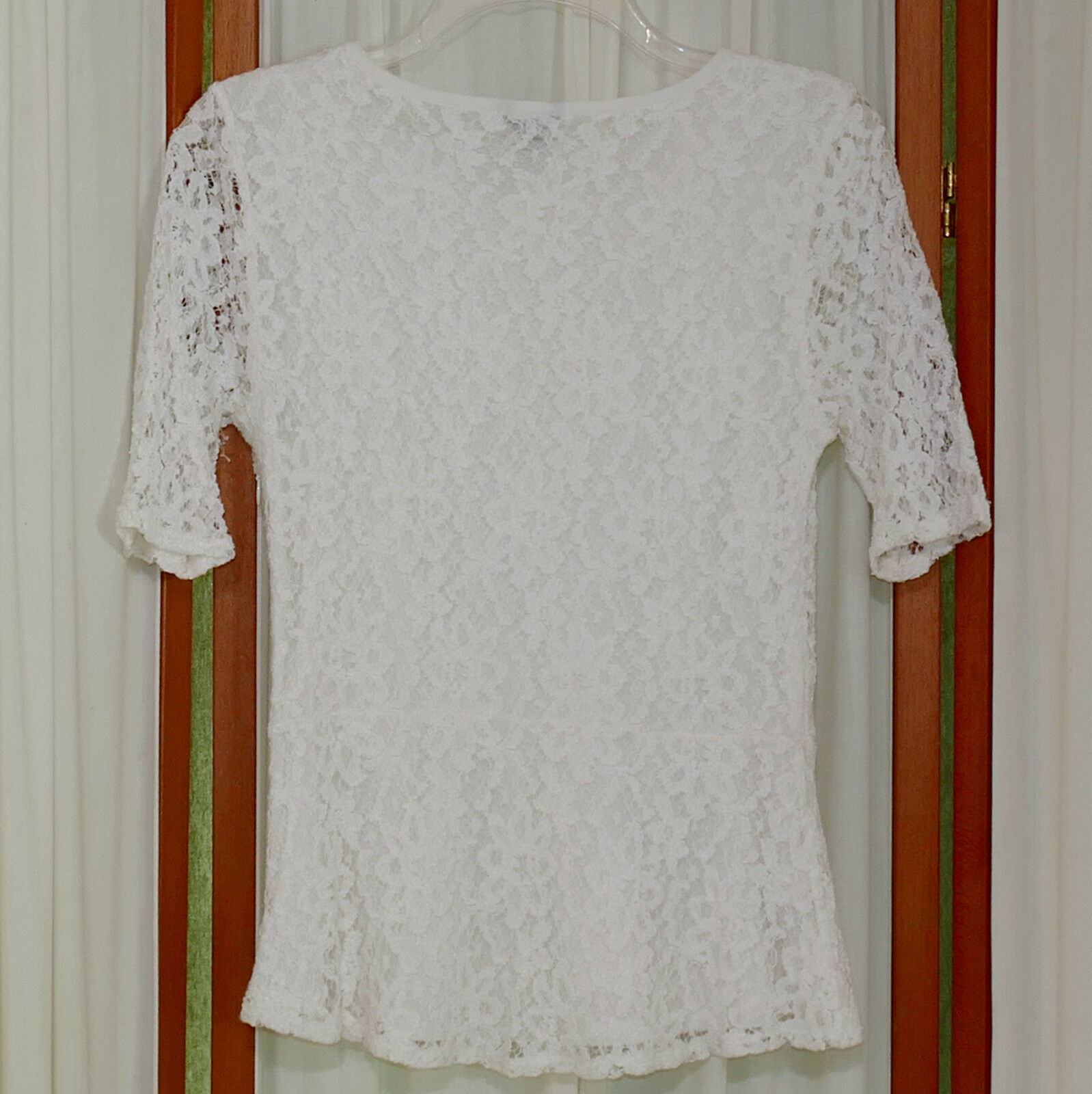 Women's Top ANN TAYLOR Re-Embroidered Lace SS RN PO Size Zip Bright White S