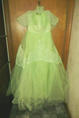 Vintage 1950's Strapless Lime Green Tulle/Lace Bri