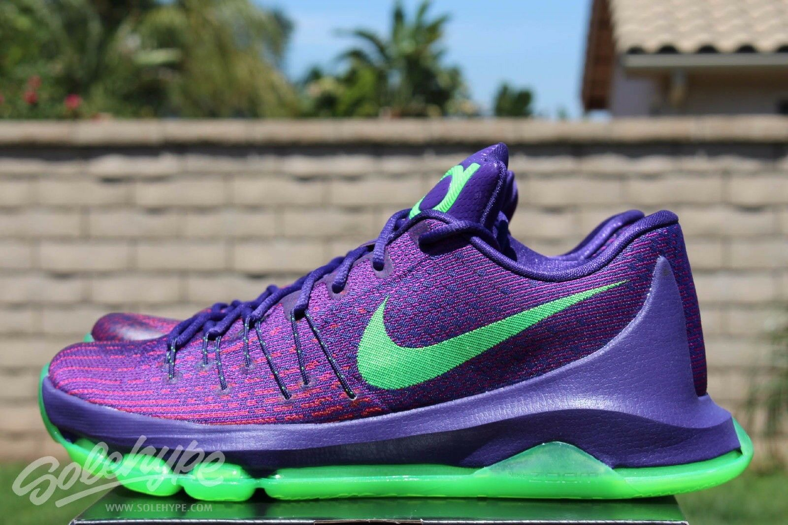 Nike KD 8VIIISuit Mens Purple Green Kevin Durant Basketball shoes (Size 11)