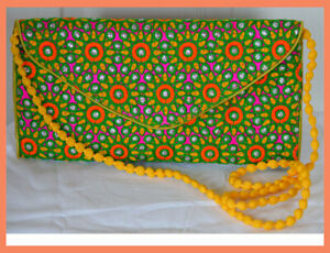 Embroidered-Green-Color-Purse-Shoulder-Bag-of-Silk-Fabric-from-India
