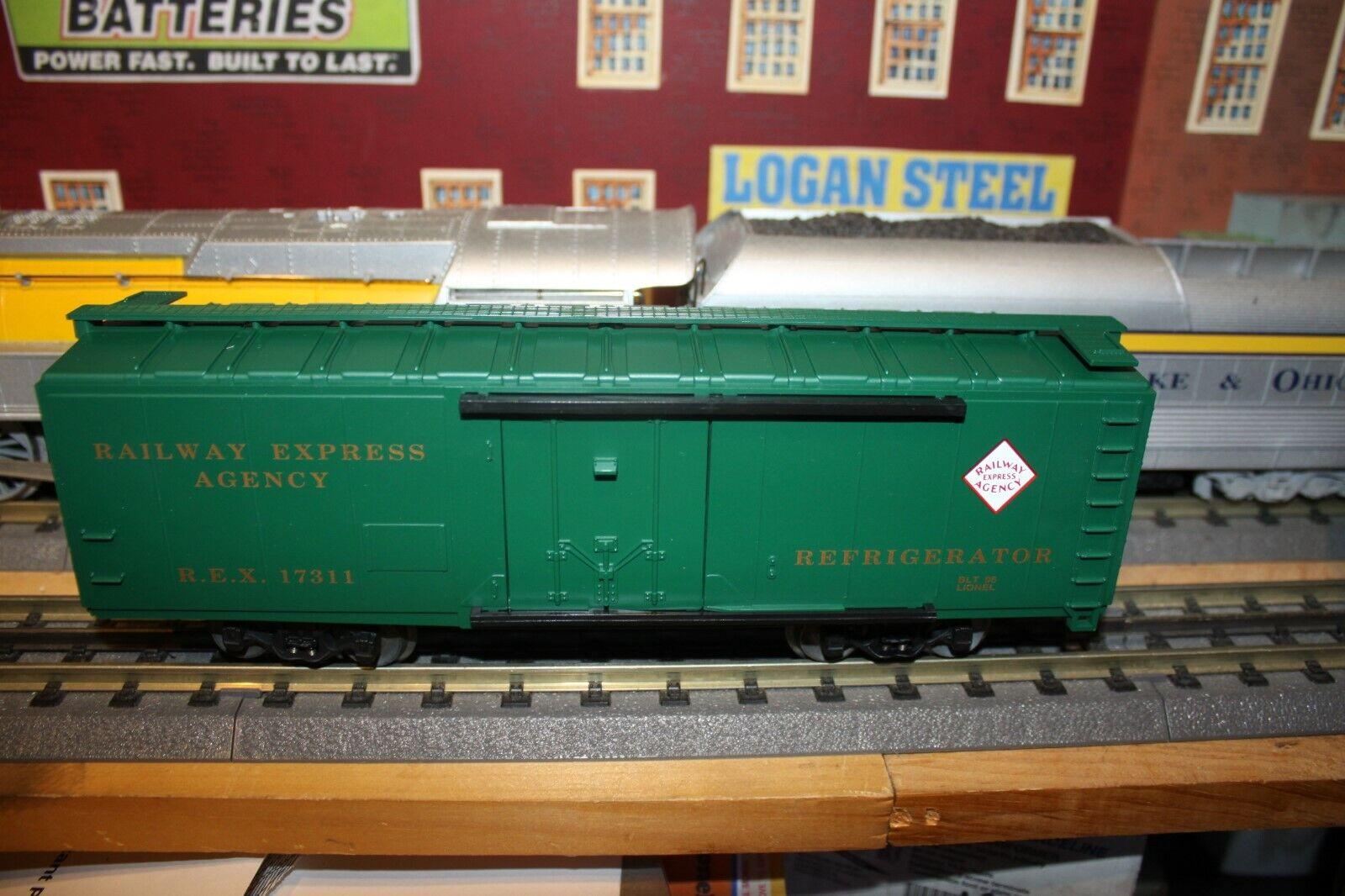 Lionel O scale STD O Railway Express Reefer made 1996 NIB Mint