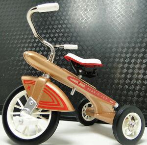 Tricycle-1960s-Vintage-1-Rare-Show-Gold-Classic-Metal-READ-DESCRIPTION