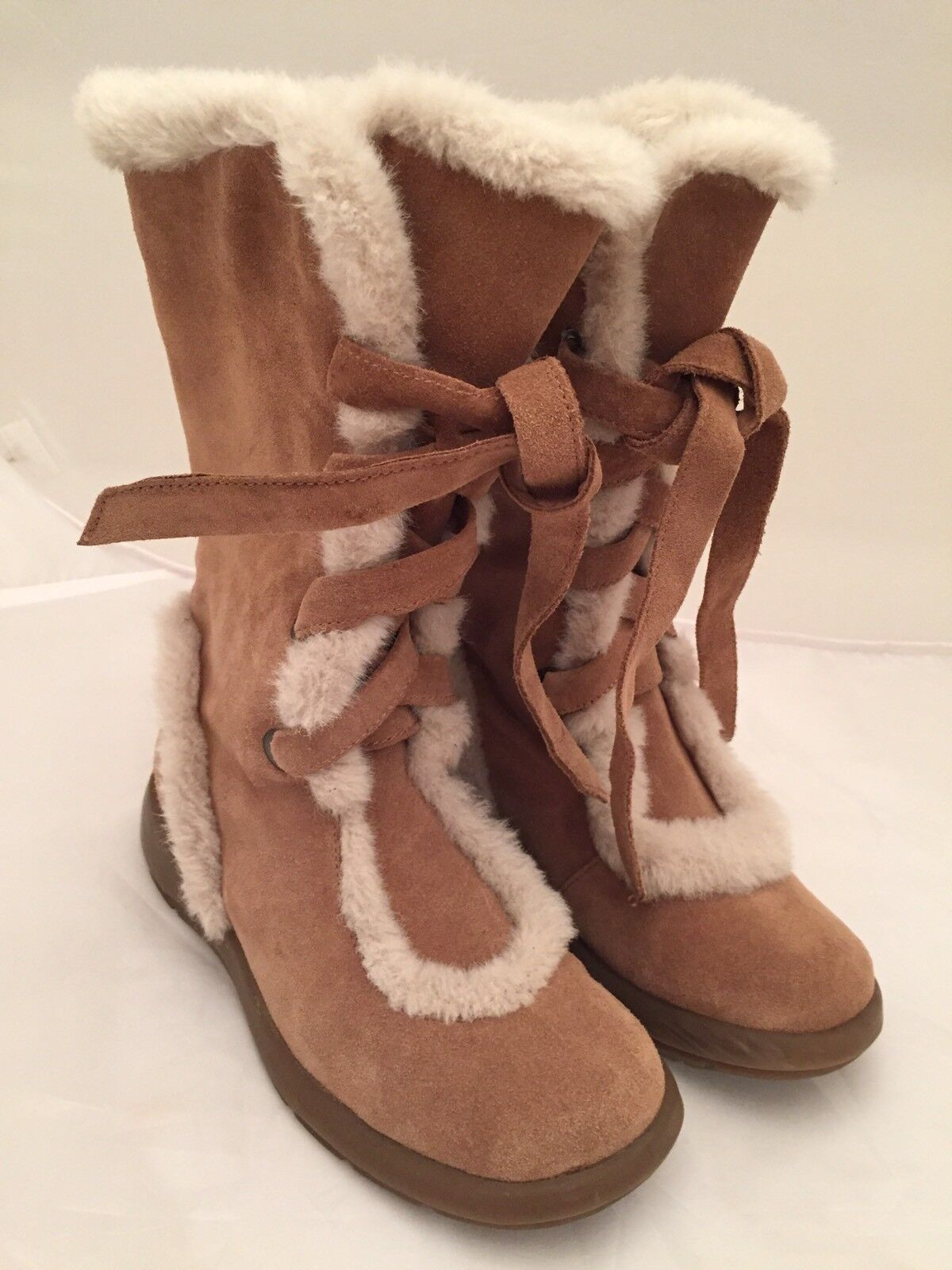 Aerosoles Woman's Suede & Faux Fur Lace Up Boots Size 6 NWOB
