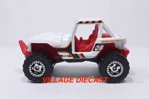 """2012 Matchbox /""""Mountain Adventure/"""" MBX® 4x4 WHITE//MOUNTAIN SAFETY//MINT"""