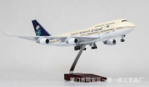 1-150-Resin-Saudi-Arabia-Airplane-Model-Boeing-747-LED-Light-Passanger-Plane-Toy