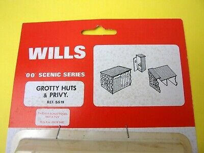 Wills SS19 OO Gauge Grotty Huts /& Privvy Kit