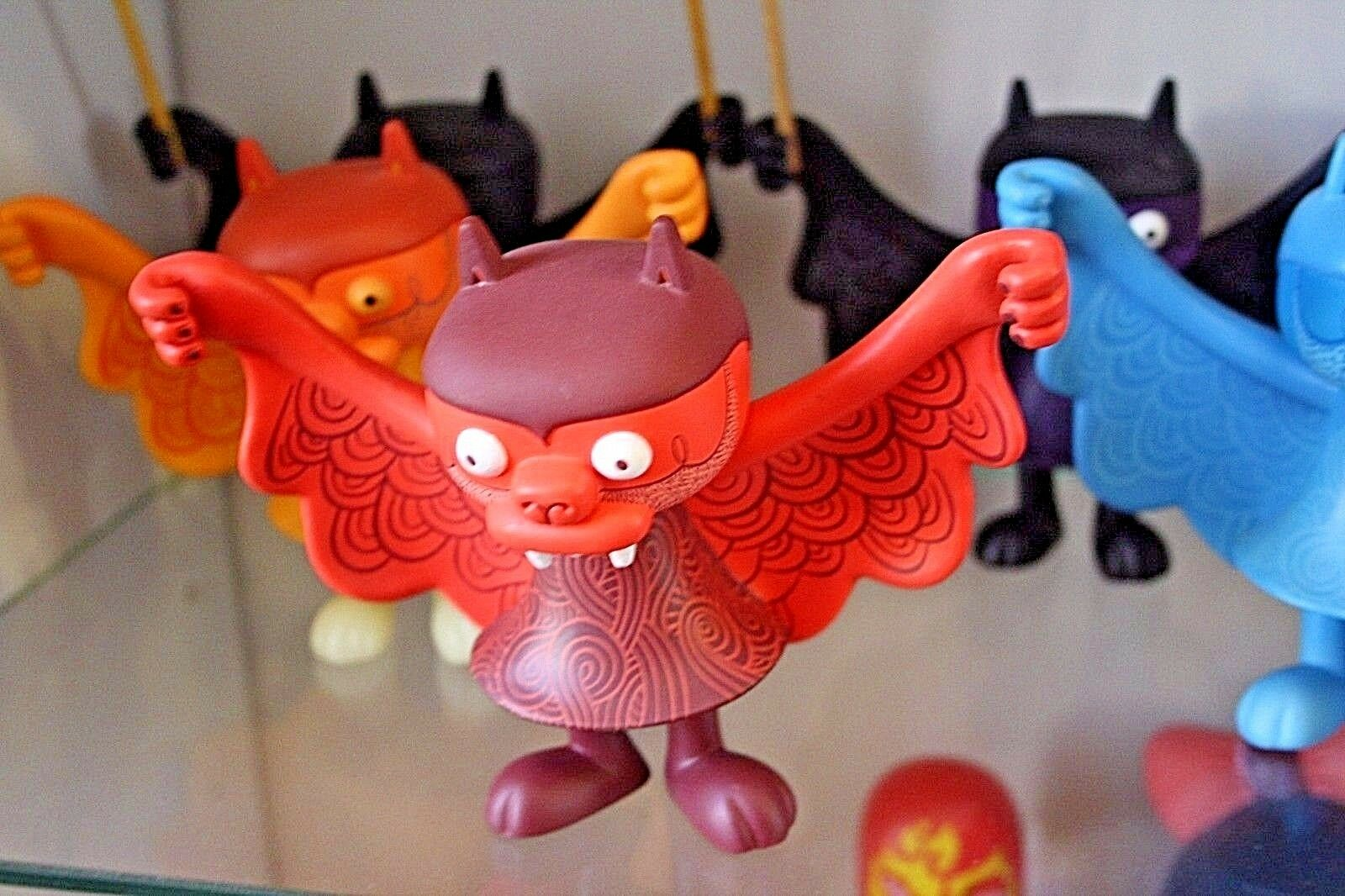 BWANA SPOONS Super7 Designer Toy STEVEN THE BAT 5  BLOOD AND GUTS rot