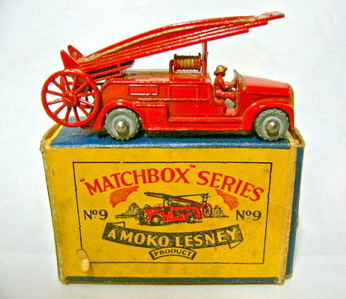 MATCHBOX regular regular regular wheel 09a FIRE ENGINE rouge NEUF dans