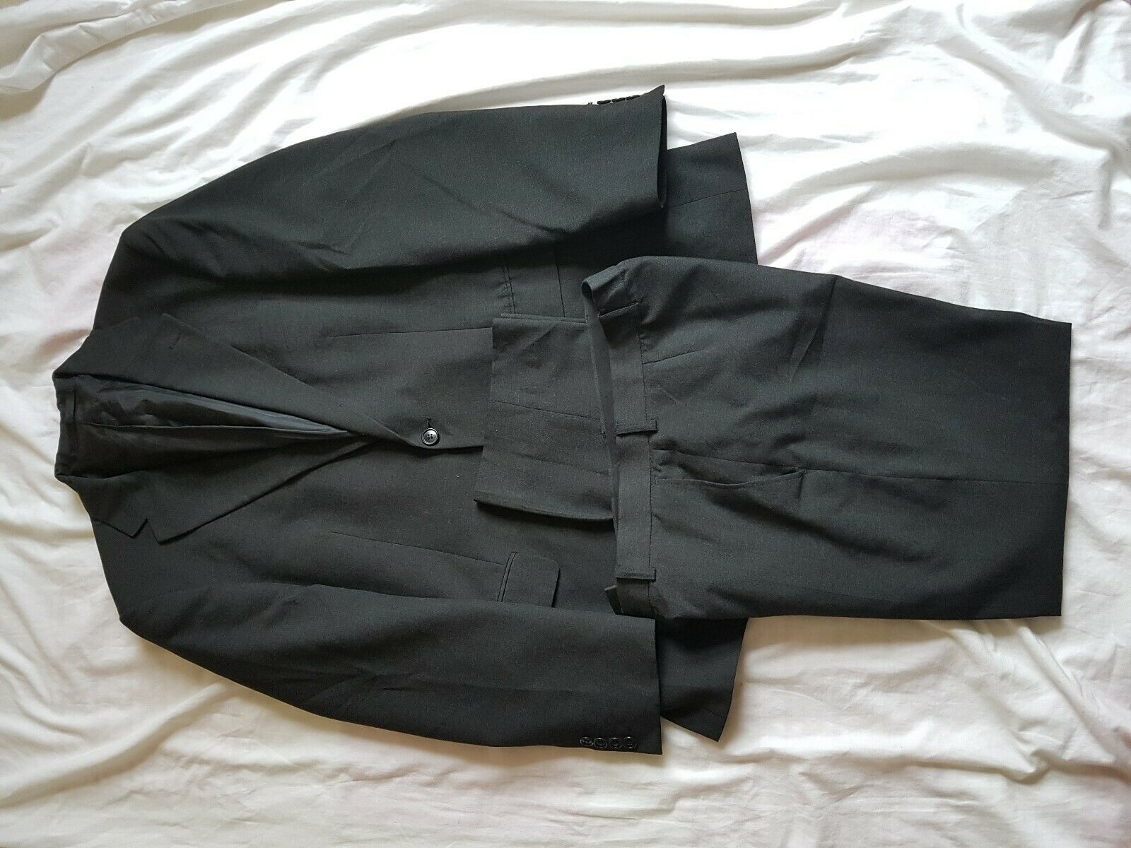 MENS M&S CHARCOAL SUIT 38