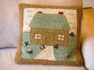 Hand-Hooked-Wool-Primitive-House-Cabin-18-034-Throw-Pillow