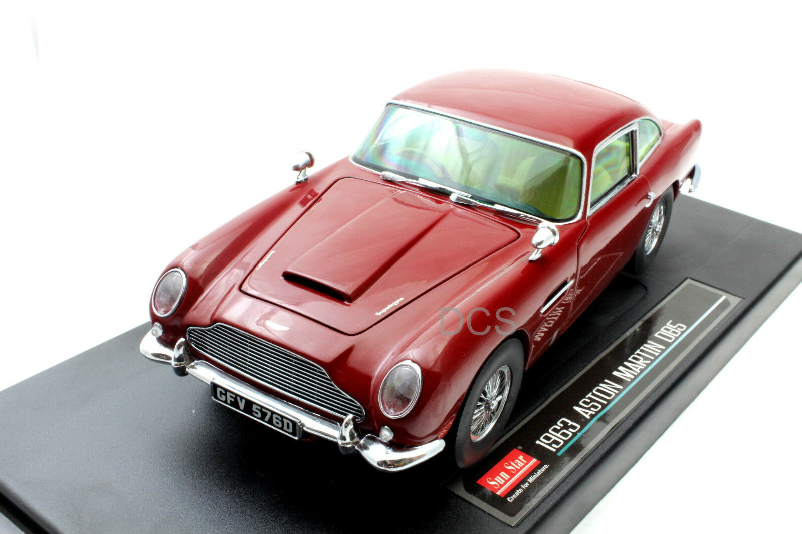 SUNSTAR Aston 1963 Martin DB5 Rouge 1 18 Voiture Miniature
