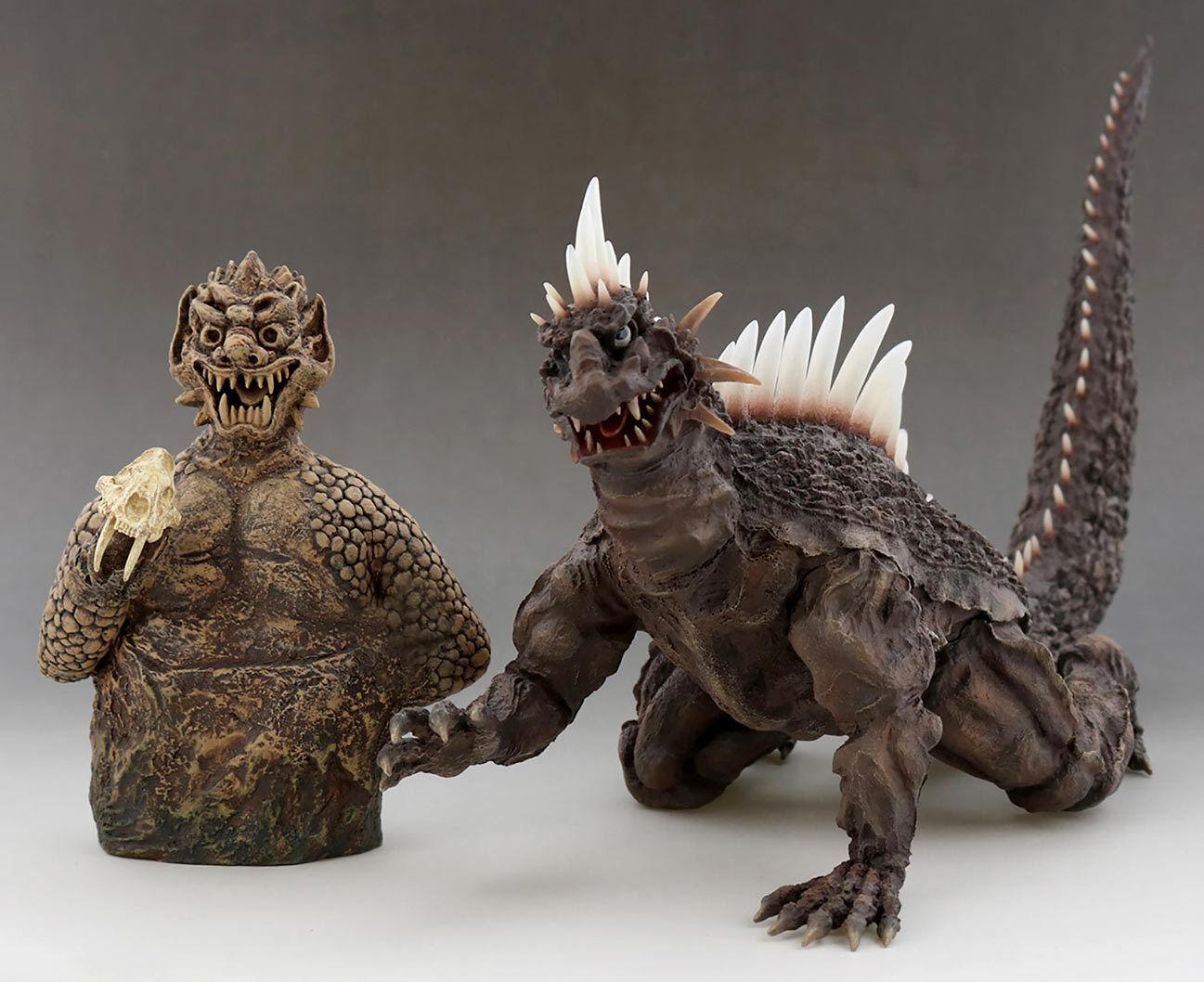Japan Rare Toho 30cm Series Favorite Sculptors Line Varan Ric Toy Limited ver.