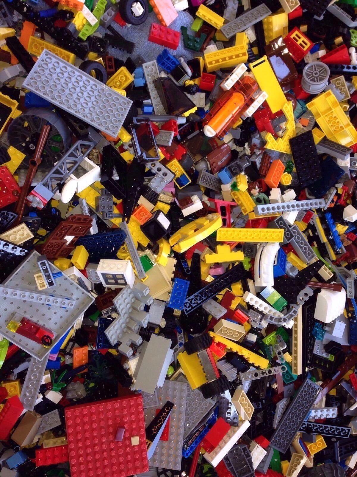 500 Bulk Legos   With 3 Mini Figures    Random Mix   Read Description   500X